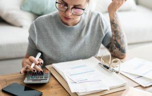 woman calculating life Insurance